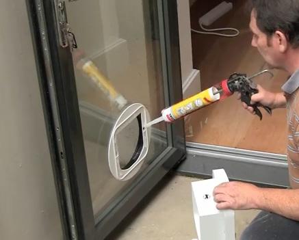 kedi kapısı montajı